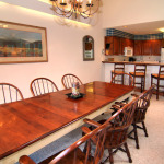 Couloir dining room and kitchen